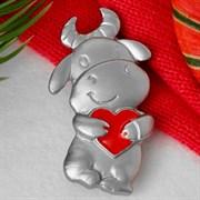 """Брошь: """"Корова с сердцем"""" арт. 57429 /Бижутерный сплав/ Импортер: Мадам Брошкина."""