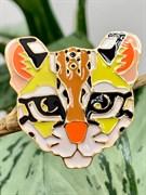 """Брошь: """"Тигр мультяшный"""" арт. 70168 /Бижутерный сплав/ Импортер: Мадам Брошкина."""