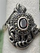 Кольцо арт. HR1409(Гранат), Серебро 925 пробы, ООО МАРКАЗИТ Производство Тайланд (вес около 5,3 г)